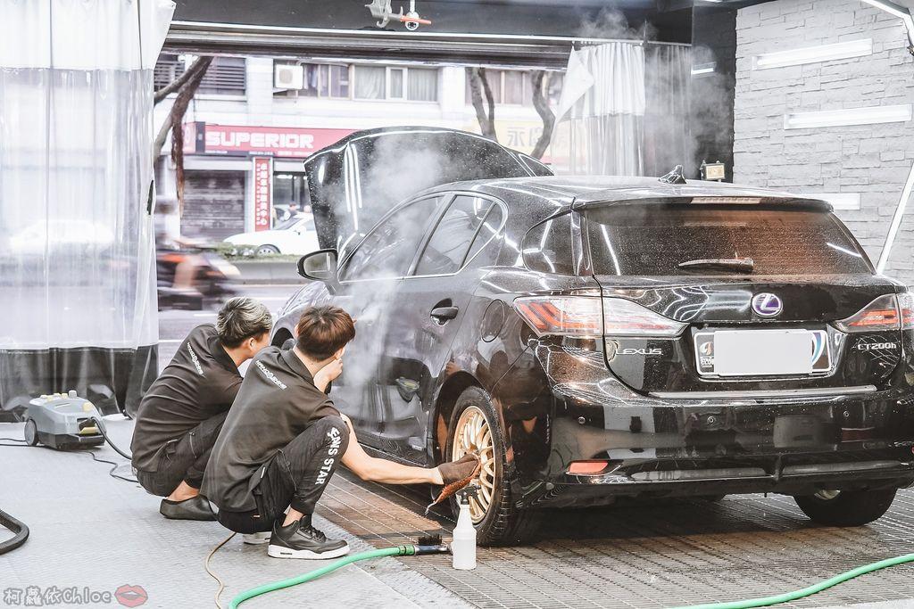 士林汽車美容推薦 MOC墨刻鍍膜 頂級鍍膜工藝 安全無毒 讓愛車亮晶晶 全家出遊超安心22.jpg