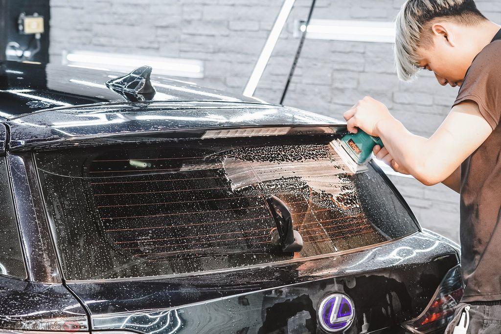 士林汽車美容推薦 MOC墨刻鍍膜 頂級鍍膜工藝 安全無毒 讓愛車亮晶晶 全家出遊超安心27.jpg