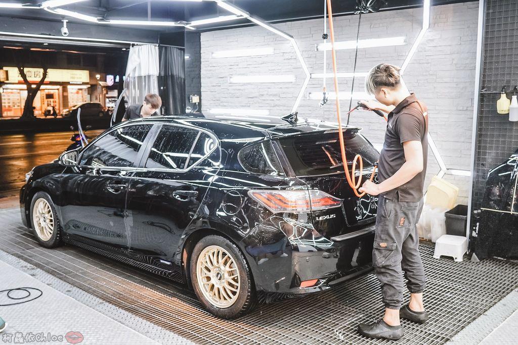 士林汽車美容推薦 MOC墨刻鍍膜 頂級鍍膜工藝 安全無毒 讓愛車亮晶晶 全家出遊超安心32.jpg