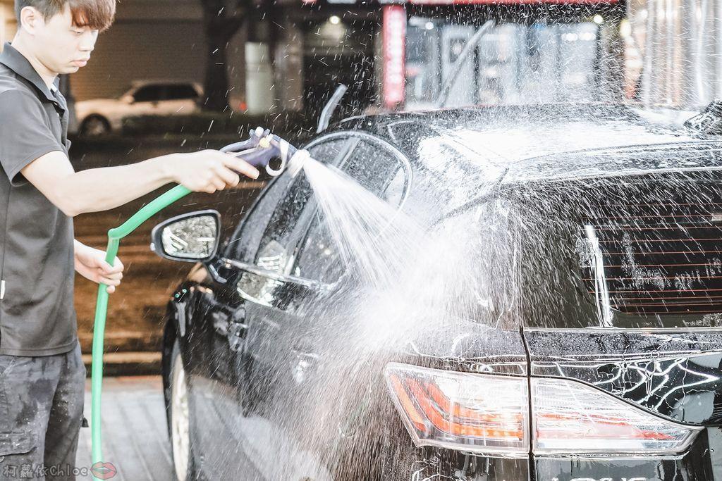 士林汽車美容推薦 MOC墨刻鍍膜 頂級鍍膜工藝 安全無毒 讓愛車亮晶晶 全家出遊超安心34.jpg