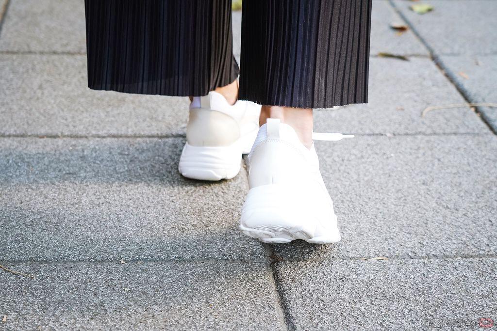 Yahoo雙11購物節特輯 錯過今天沒有明天!Ann%5CS 超夯小白鞋 奶茶色老爹鞋穿搭15.jpg