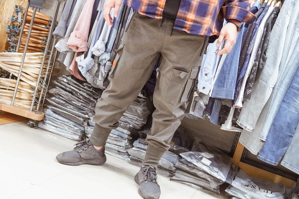 一中服飾店推薦  WOOD 韓系男裝 熟男大叔這樣穿 輕平價韓系穿搭分享26.jpg