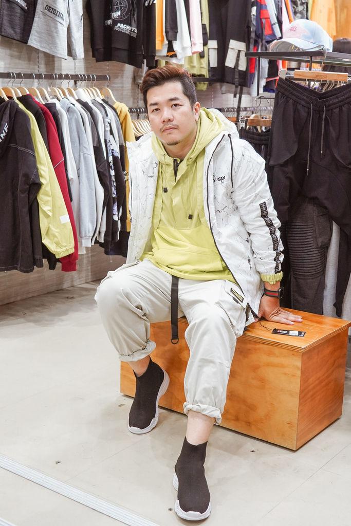 一中服飾店推薦  WOOD 韓系男裝 熟男大叔這樣穿 輕平價韓系穿搭分享35.jpg
