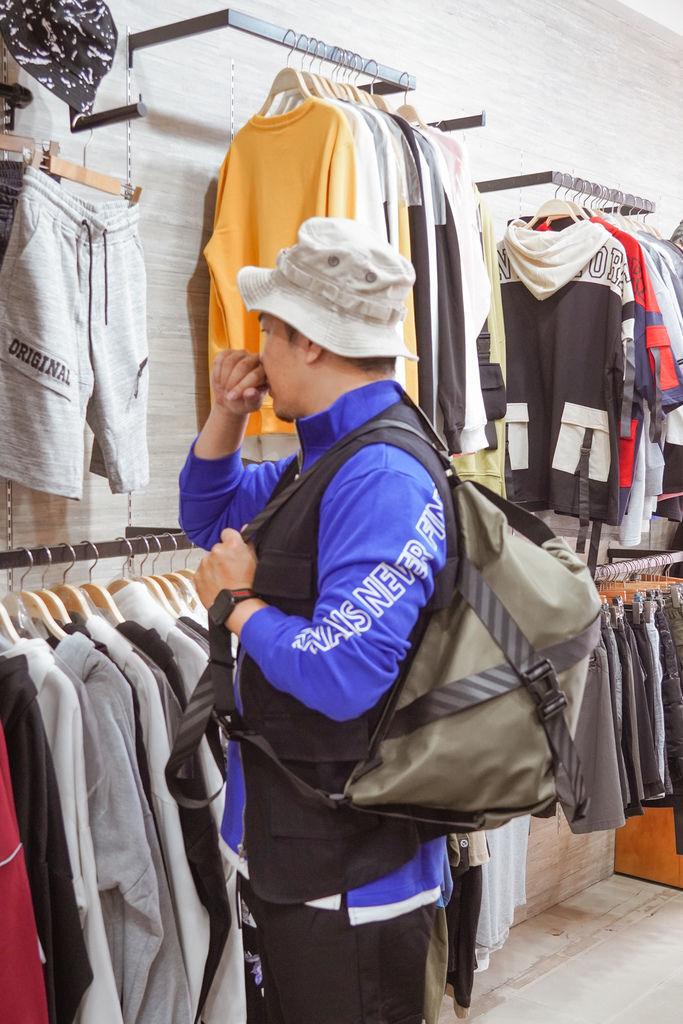 一中服飾店推薦  WOOD 韓系男裝 熟男大叔這樣穿 輕平價韓系穿搭分享41.jpg