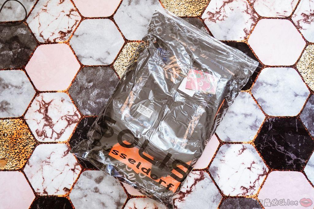 環保時尚包 SOLIS防撥水後背包 工作 休閒都適合的機能性筆電背包2.jpg