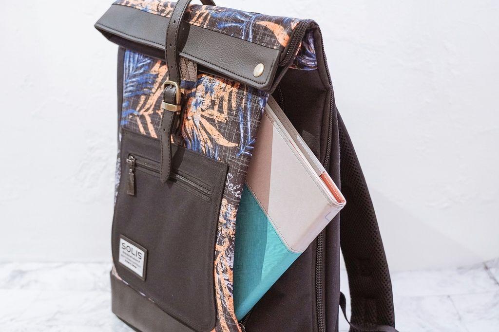 環保時尚包 SOLIS防撥水後背包 工作 休閒都適合的機能性筆電背包11.jpg