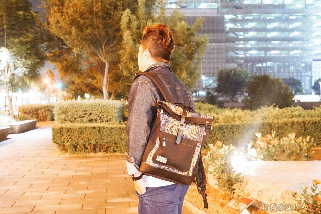 環保時尚包 SOLIS防撥水後背包 工作 休閒都適合的機能性筆電背包23.jpg