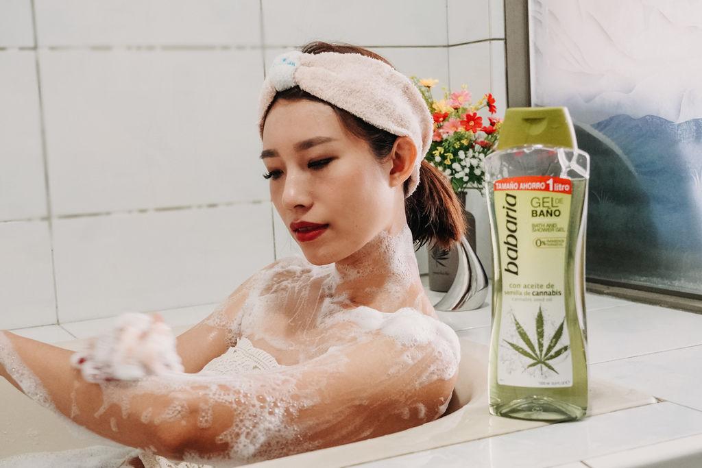 洗沐 西班牙babaria 享受沙龍級的沐浴洗髮時刻12.jpg