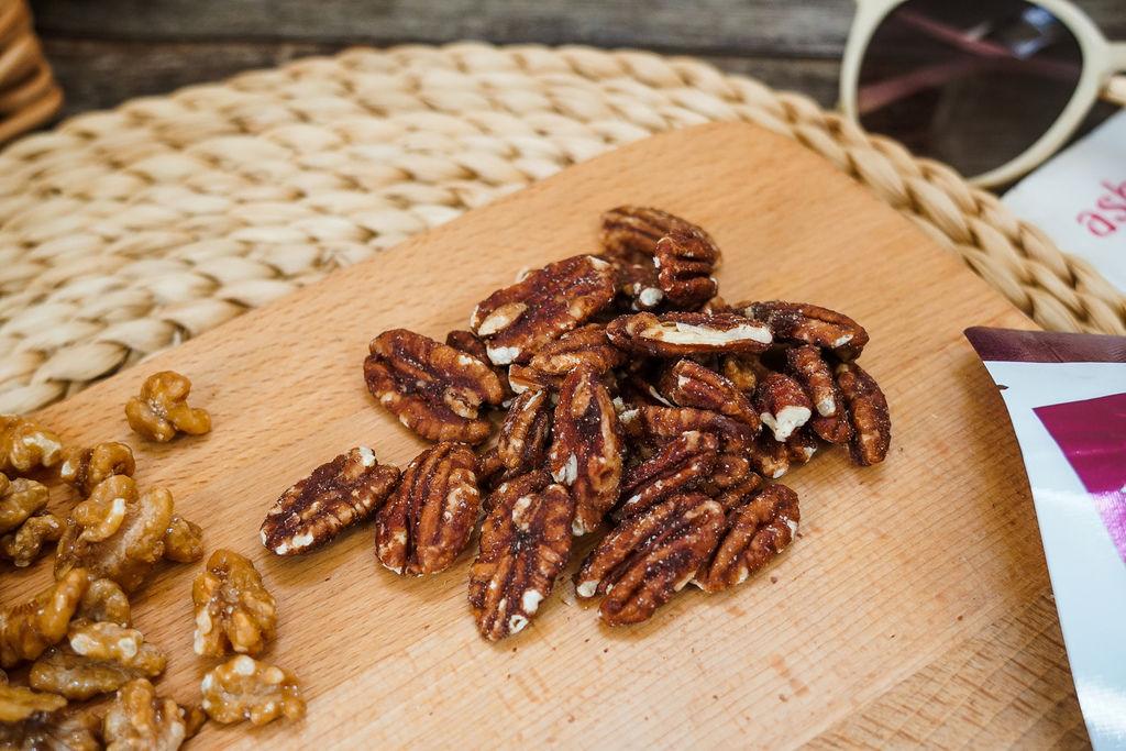 每天一把堅果補充好油脂!萬歲牌楓糖海鹽核桃、紅豆胡桃13A.jpg