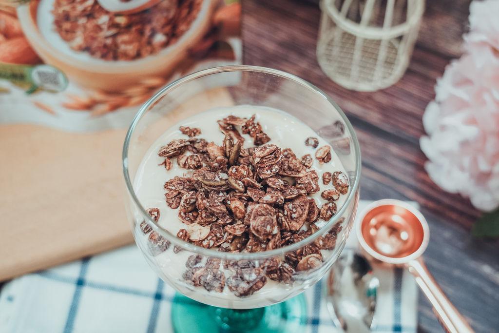 早餐穀物 用萬歲牌堅穀力開啟一整天滿滿活力 巧克力杏仁%26;蜂蜜椰香10.jpg
