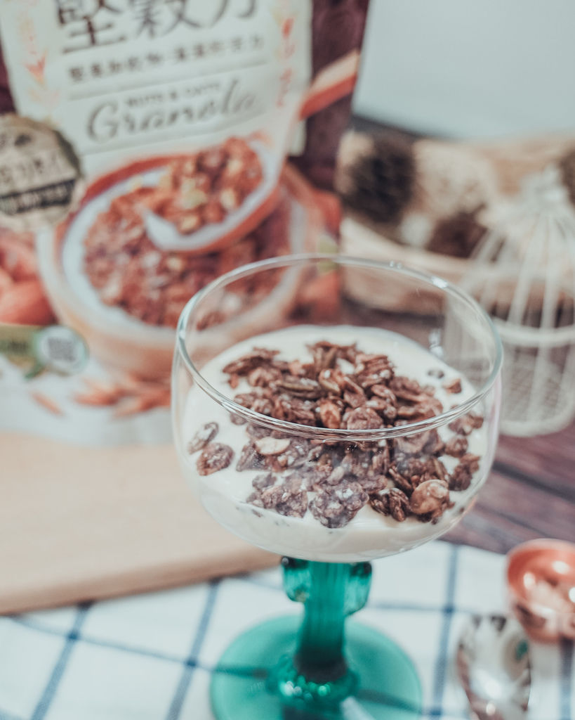 早餐穀物 用萬歲牌堅穀力開啟一整天滿滿活力 巧克力杏仁%26;蜂蜜椰香11.jpg