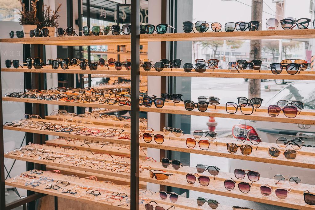 台南手目耳眼鏡 享受一杯好咖啡 獨家旅行式配鏡 無壓力挑選專屬自己的眼鏡7.jpg
