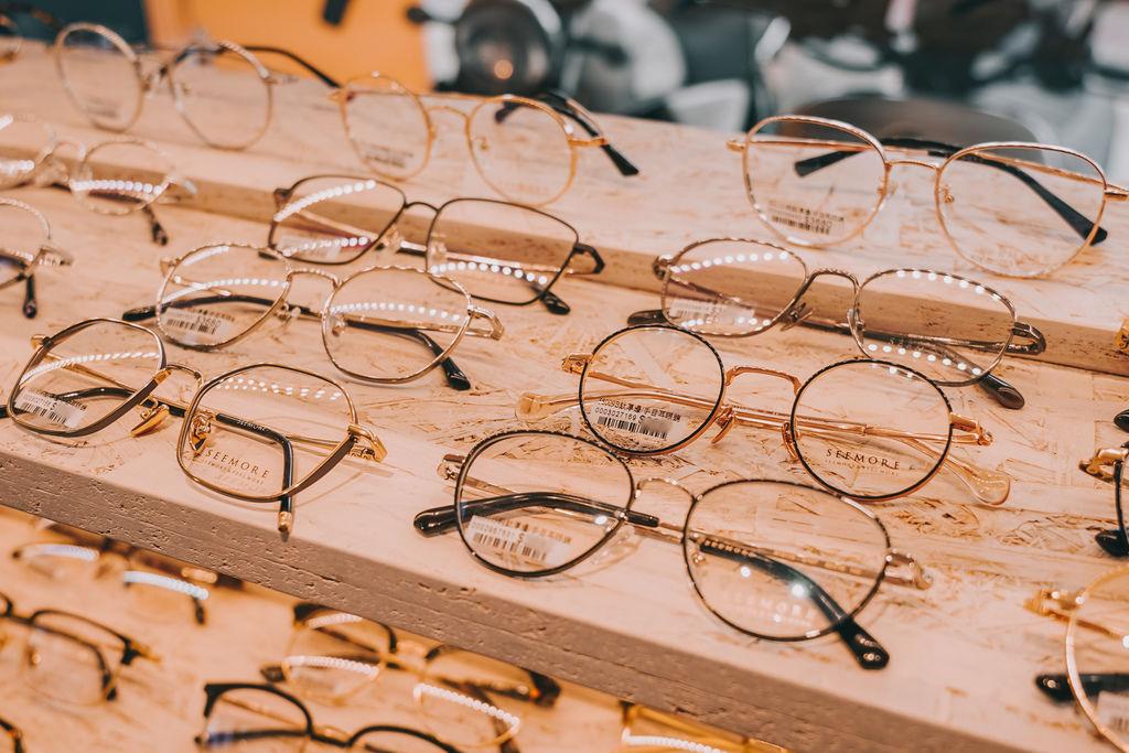台南手目耳眼鏡 享受一杯好咖啡 獨家旅行式配鏡 無壓力挑選專屬自己的眼鏡10.jpg
