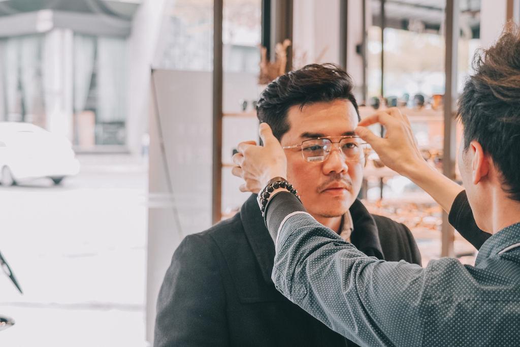 台南手目耳眼鏡 享受一杯好咖啡 獨家旅行式配鏡 無壓力挑選專屬自己的眼鏡33.jpg