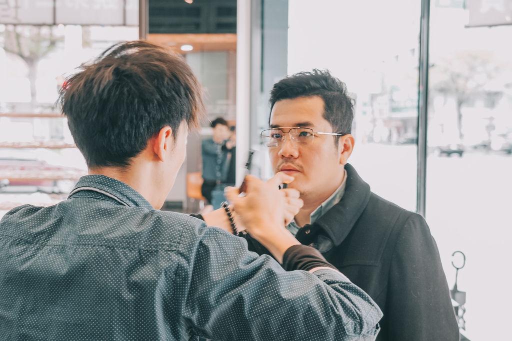 台南手目耳眼鏡 享受一杯好咖啡 獨家旅行式配鏡 無壓力挑選專屬自己的眼鏡34.jpg