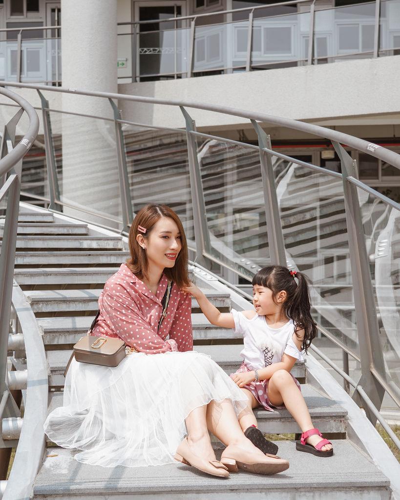 親子穿搭 FM時尚美鞋 兒童涼鞋 好穿舒適又時尚 親子涼鞋LOOKBOOK2.jpg