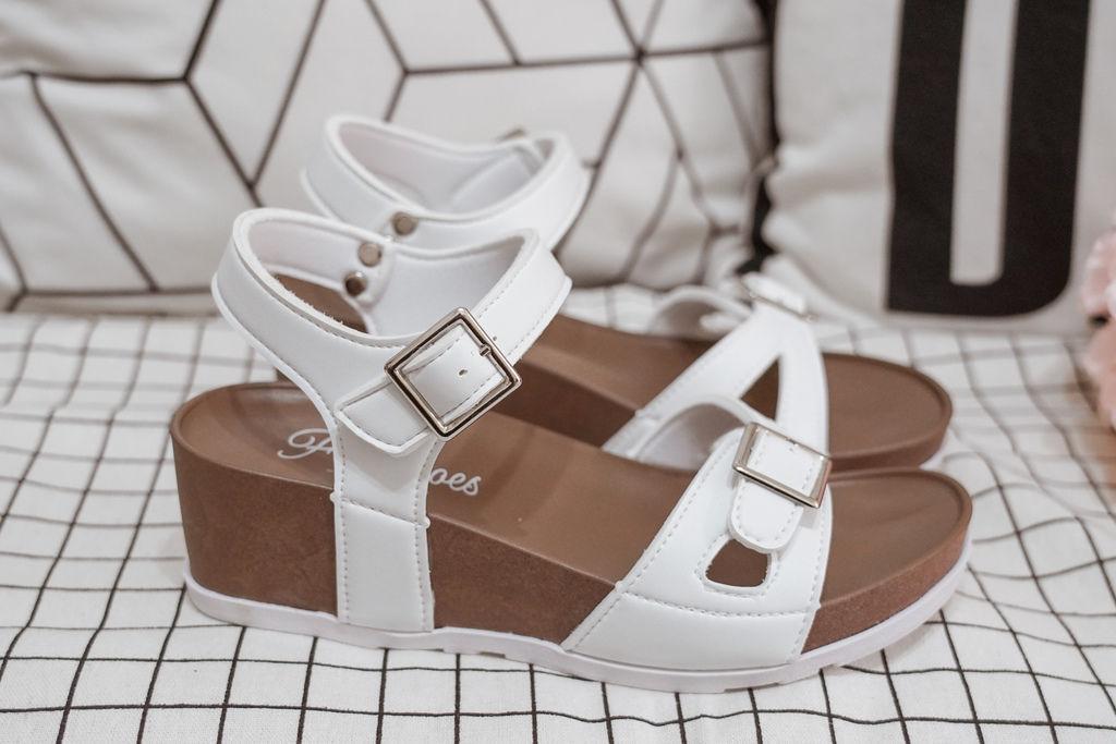 親子穿搭 FM時尚美鞋 兒童涼鞋 好穿舒適又時尚 親子涼鞋LOOKBOOK20.jpg