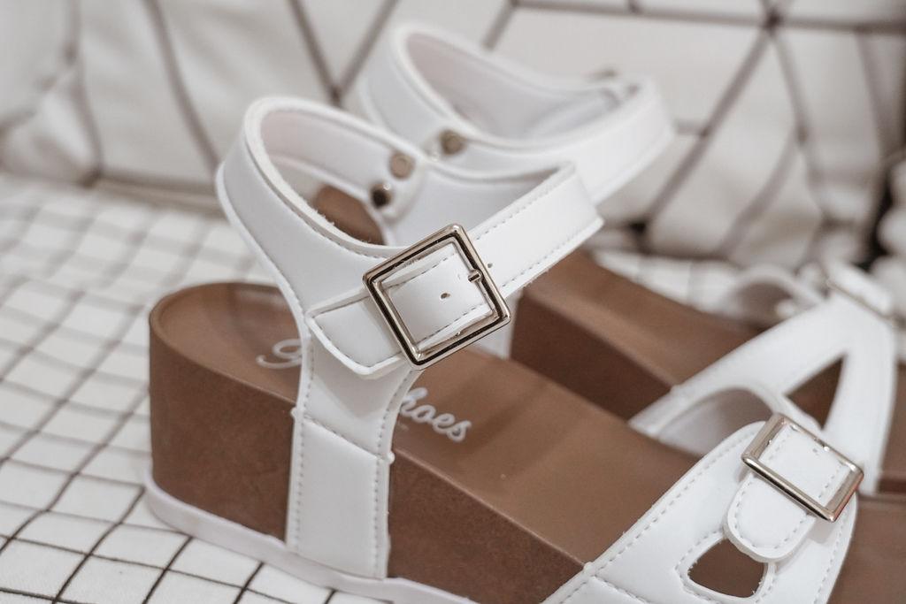 親子穿搭 FM時尚美鞋 兒童涼鞋 好穿舒適又時尚 親子涼鞋LOOKBOOK21.jpg
