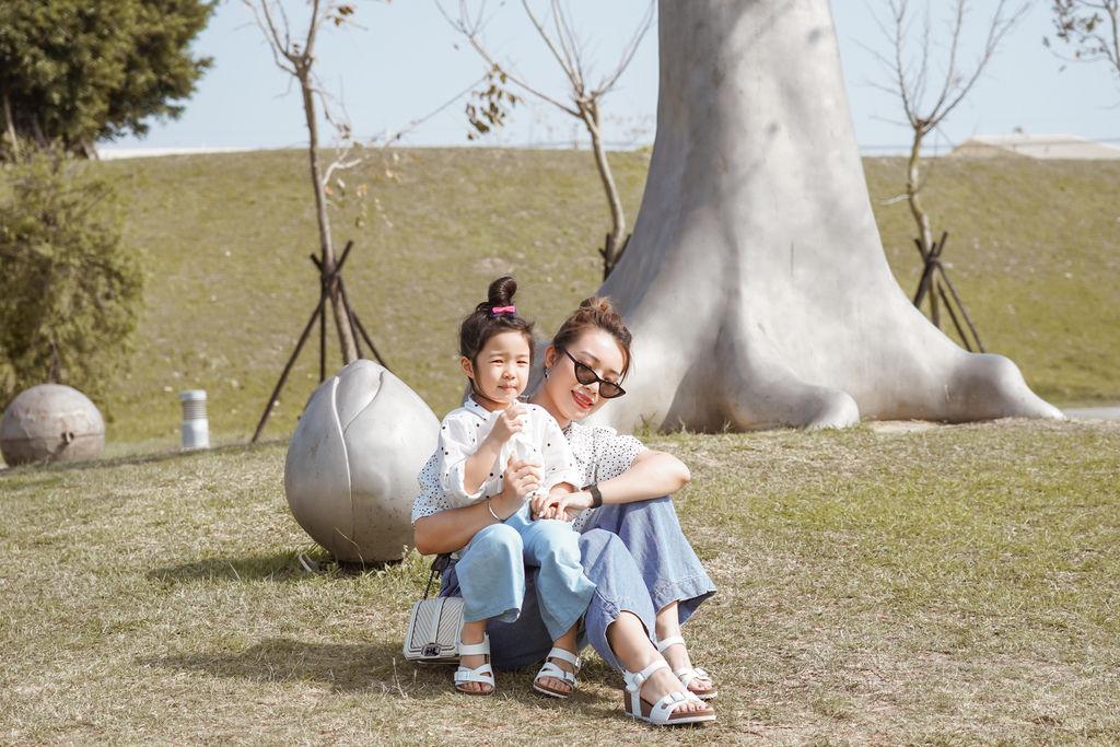親子穿搭 FM時尚美鞋 兒童涼鞋 好穿舒適又時尚 親子涼鞋LOOKBOOK36.jpg