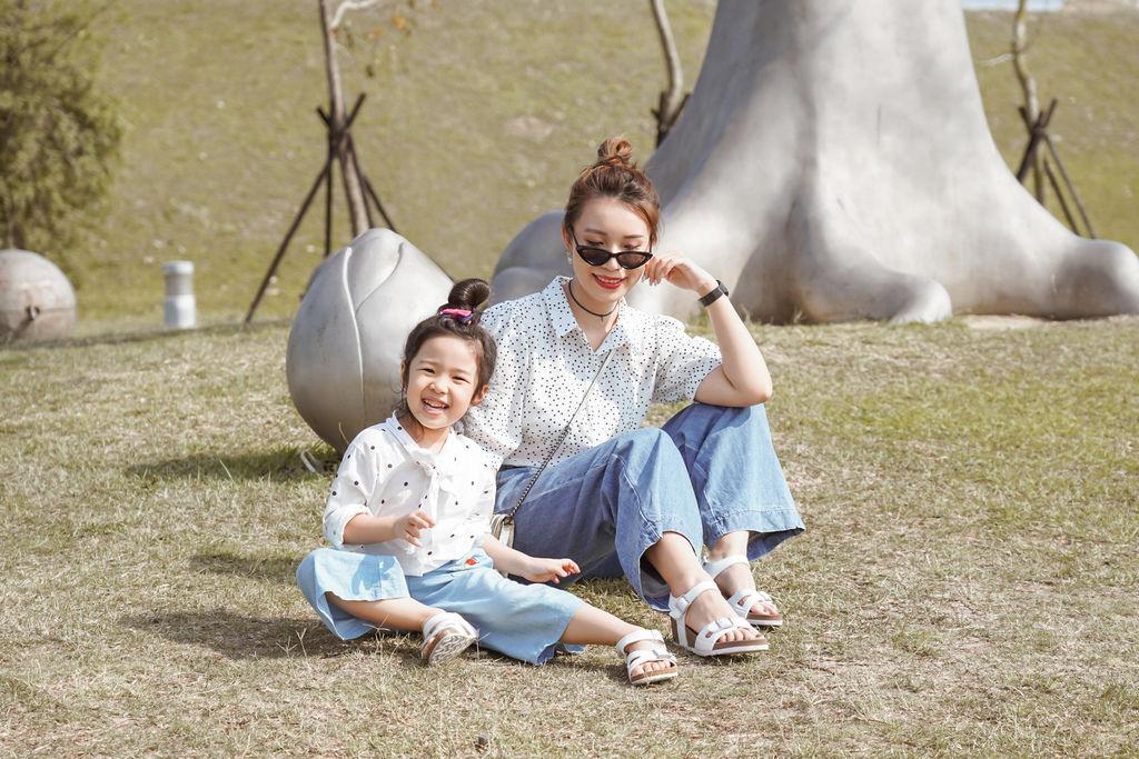 親子穿搭 FM時尚美鞋 兒童涼鞋 好穿舒適又時尚 親子涼鞋LOOKBOOK37.jpg