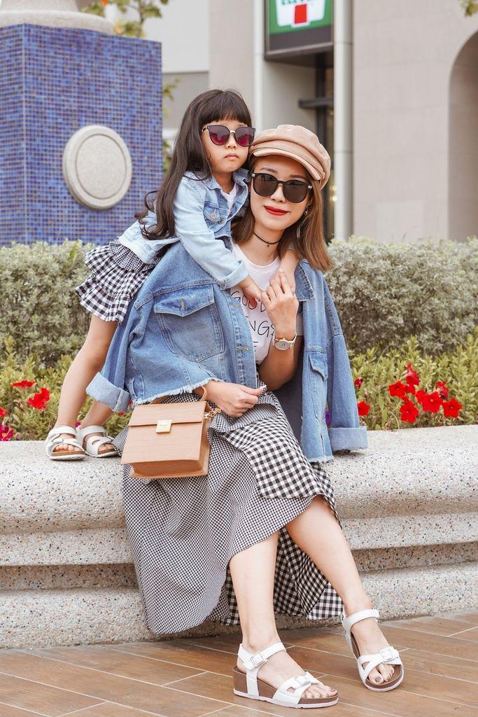 親子穿搭 FM時尚美鞋 兒童涼鞋 好穿舒適又時尚 親子涼鞋LOOKBOOK35.jpg