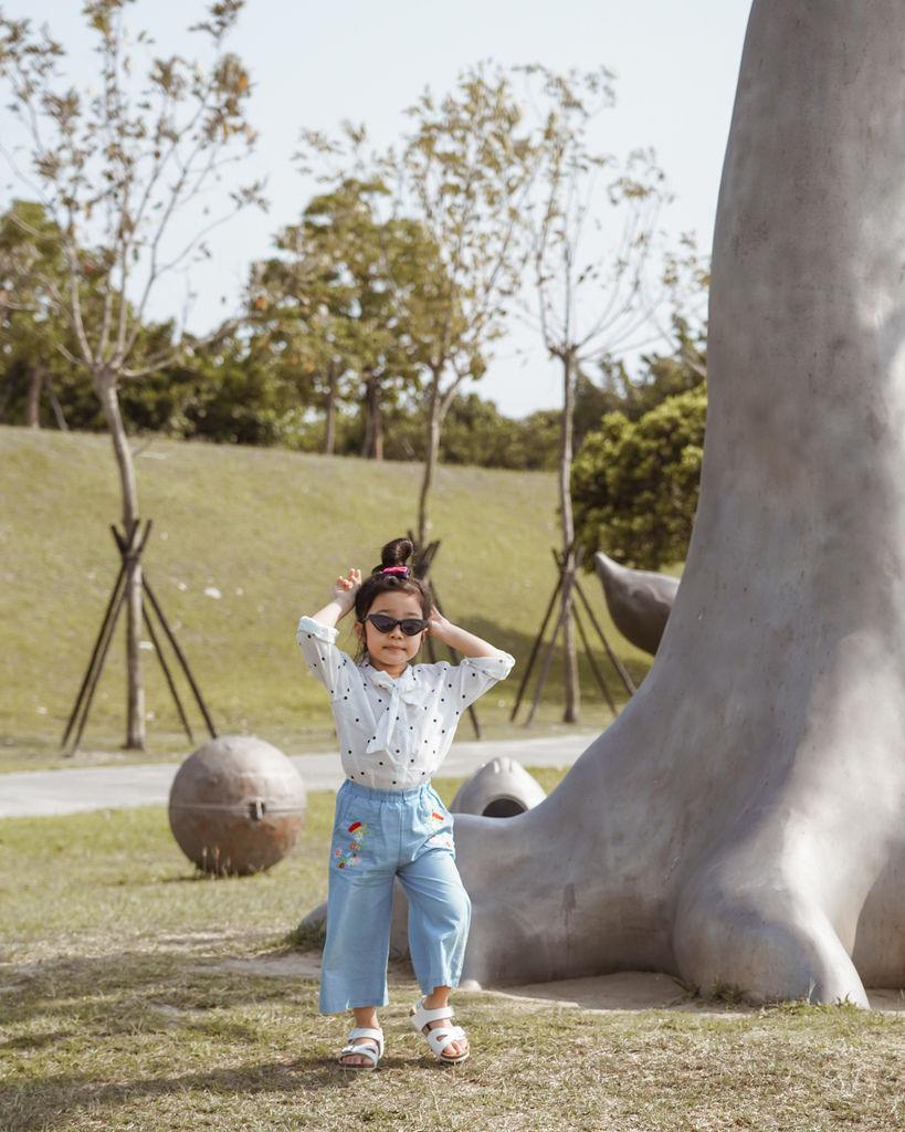 親子穿搭 FM時尚美鞋 兒童涼鞋 好穿舒適又時尚 親子涼鞋LOOKBOOK42.jpg