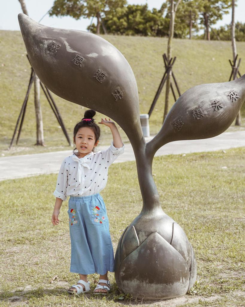 親子穿搭 FM時尚美鞋 兒童涼鞋 好穿舒適又時尚 親子涼鞋LOOKBOOK44.jpg