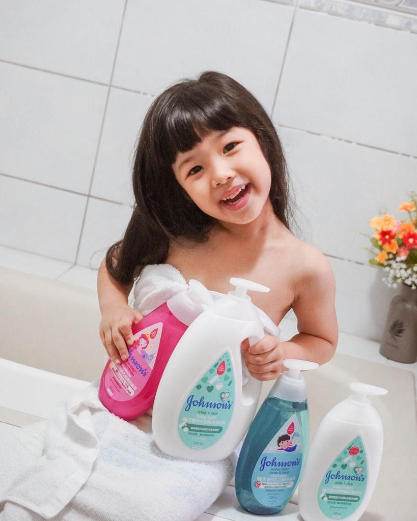 嬌生嬰兒沐浴系列 大寶貝的洗澡好朋友 公主和英雄一起進入嬌生奇幻王國吧!6.JPG
