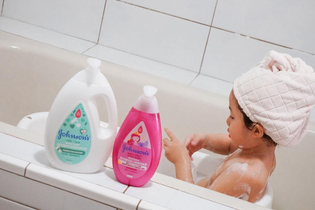 嬌生嬰兒沐浴系列 大寶貝的洗澡好朋友 公主和英雄一起進入嬌生奇幻王國吧!17.JPG