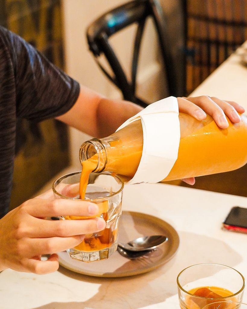 高雄泰式料理BoBo Rose Coffee 森林系絕美華麗風  慶生聚會餐廳 泰式奶茶 雞肉炸春捲 必點13.jpg