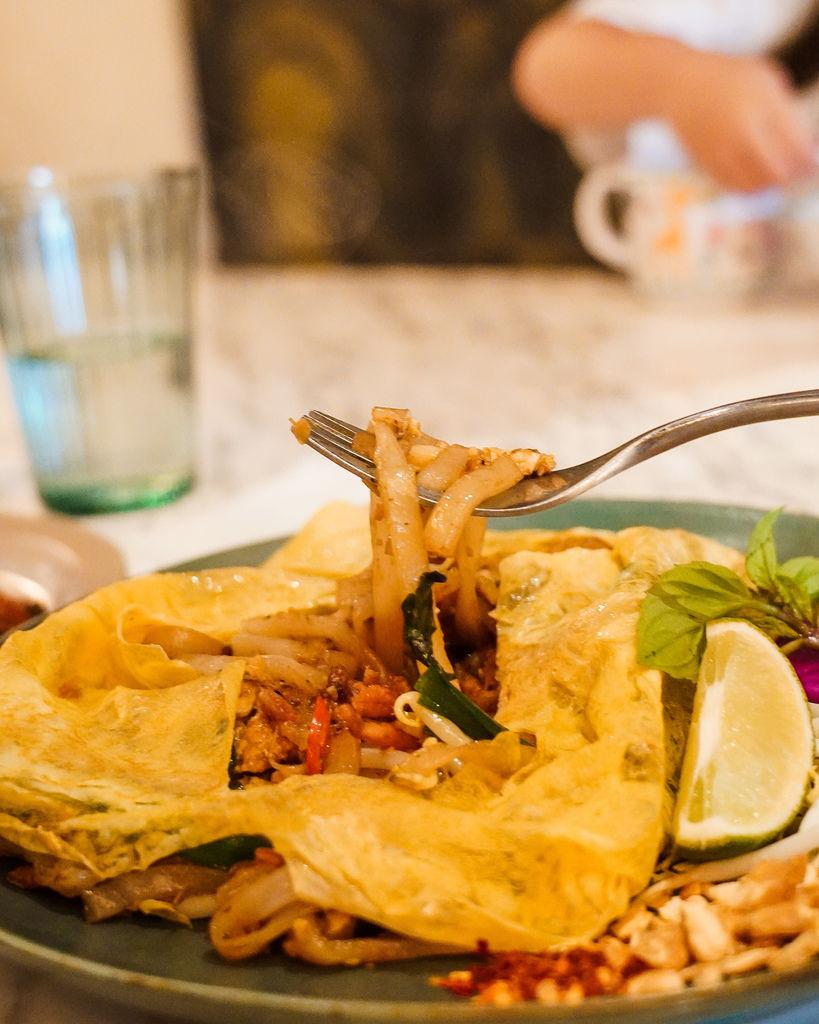 高雄泰式料理BoBo Rose Coffee 森林系絕美華麗風  慶生聚會餐廳 泰式奶茶 雞肉炸春捲 必點20.jpg