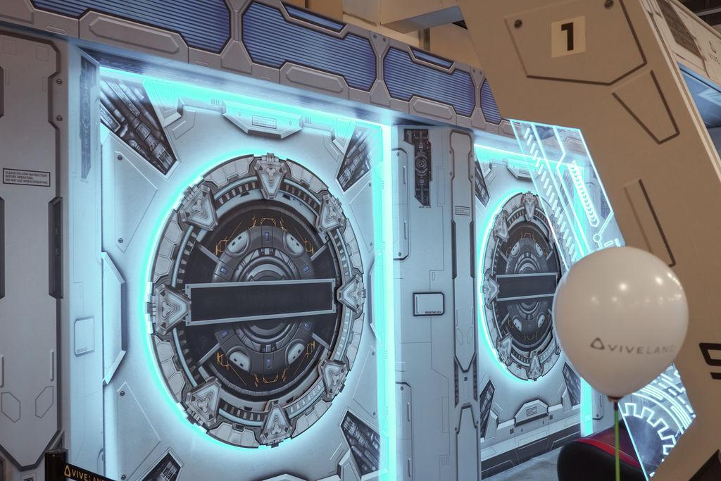 親子景點推薦 高雄大魯閣草衙道HTC VIVELAND XR超體感樂園 VIVELAND恐龍紀元XR館 超刺激分享13.jpg