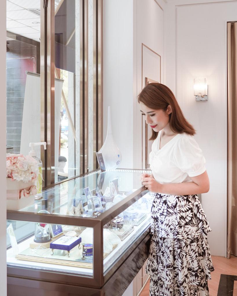 婚戒推薦|ALUXE亞立詩高雄博愛門市 品牌四大優勢為每一對新人傳遞幸福5.jpg