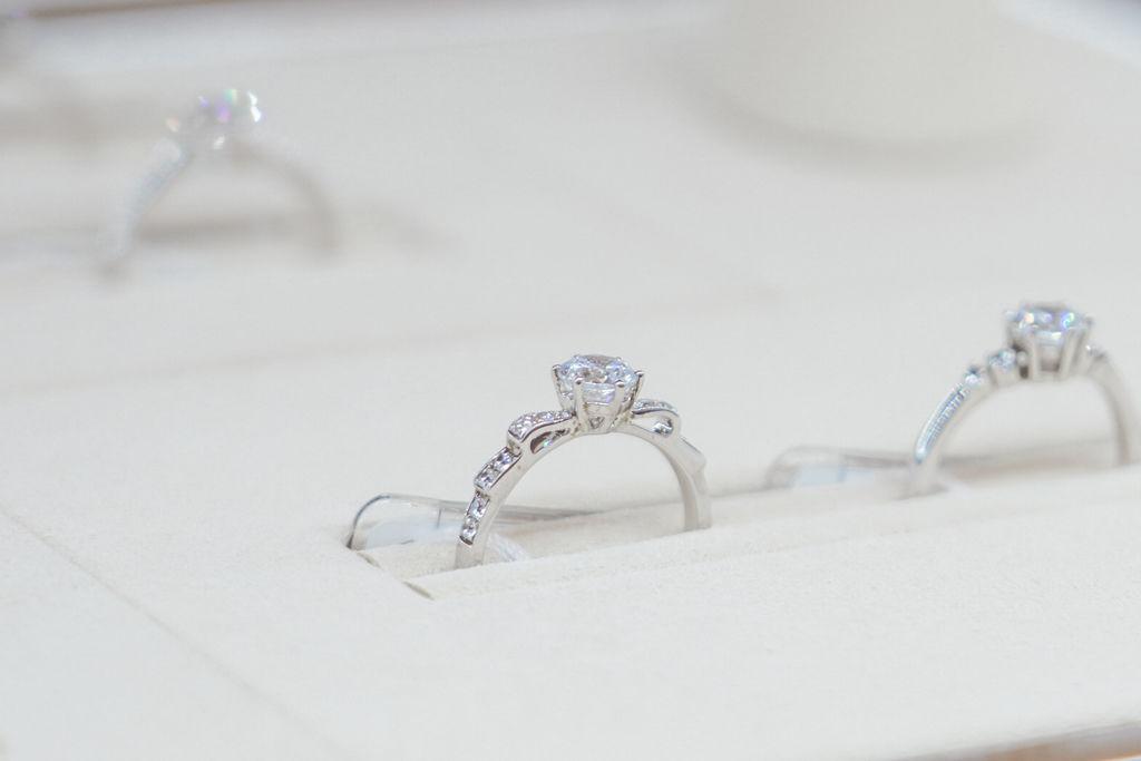 婚戒推薦|ALUXE亞立詩高雄博愛門市 品牌四大優勢為每一對新人傳遞幸福13.jpg
