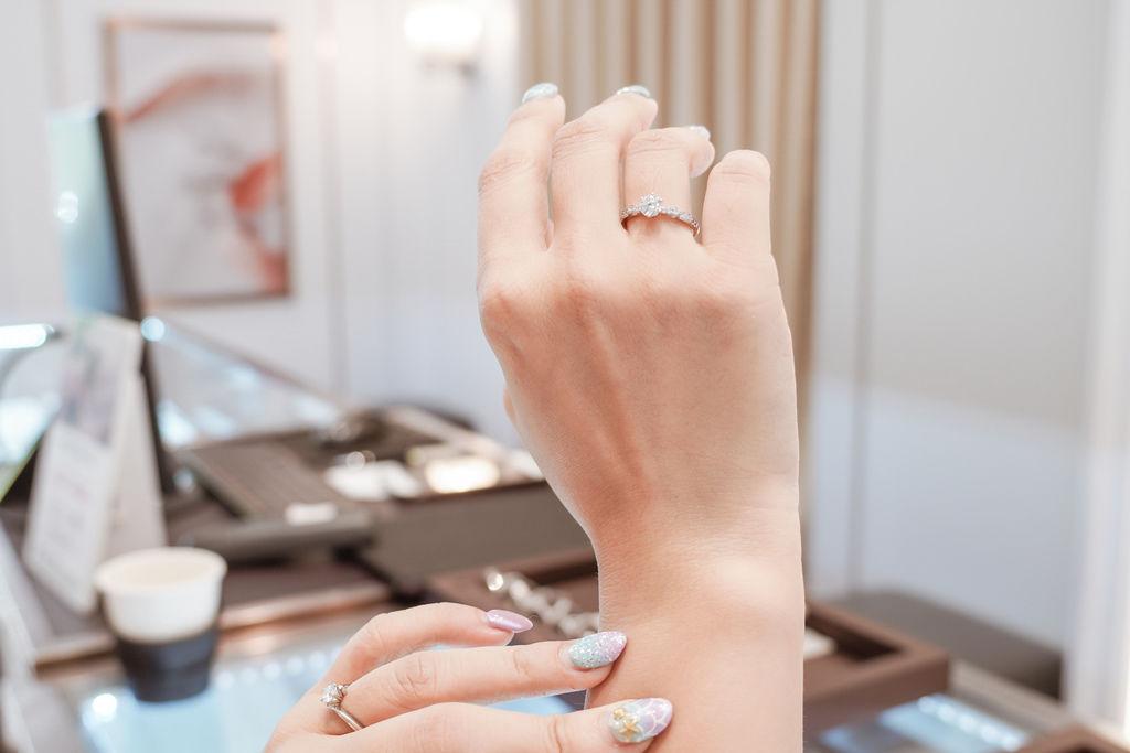 婚戒推薦|ALUXE亞立詩高雄博愛門市 品牌四大優勢為每一對新人傳遞幸福19.jpg