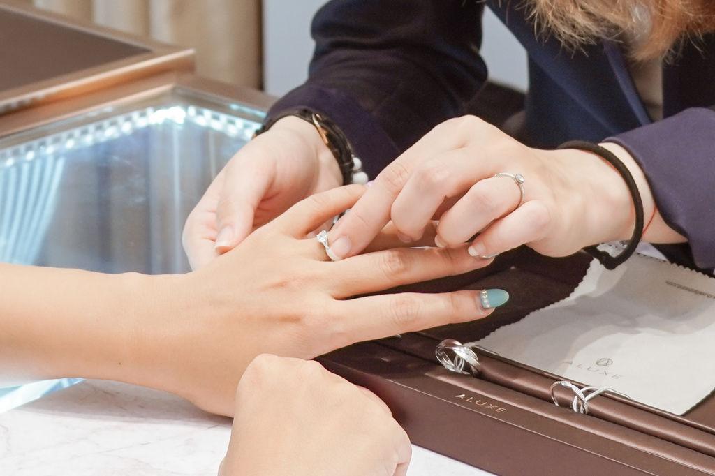 婚戒推薦|ALUXE亞立詩高雄博愛門市 品牌四大優勢為每一對新人傳遞幸福26.jpg