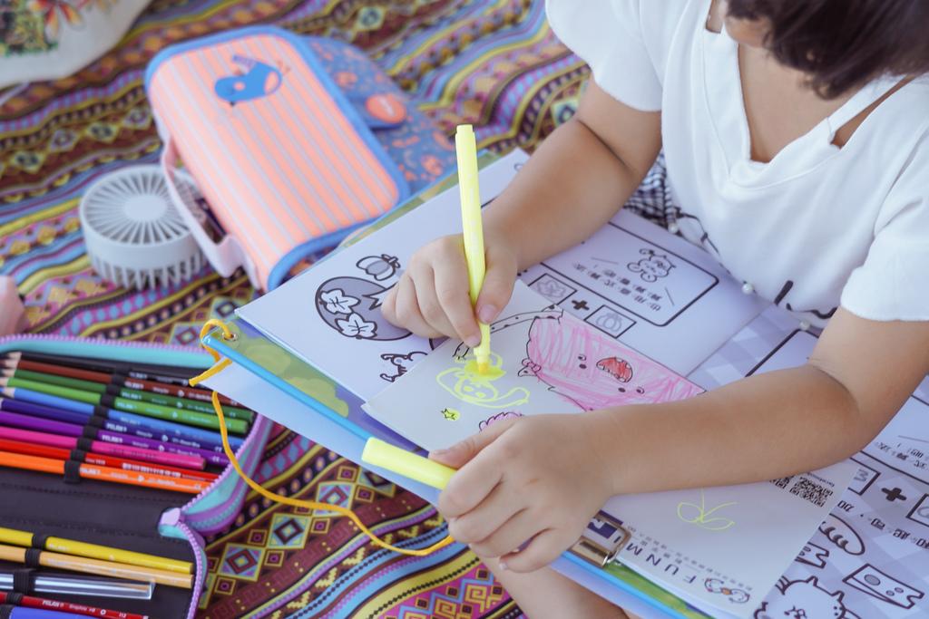 大人小孩都瘋狂的文具懶人包!MILAN隨行畫筆袋著走 Funmi#創樂宇宙 質感文具必入手42.JPG