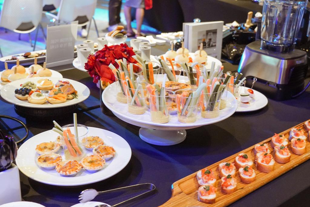 Vitamix 史上第一台超跑級調理機 廚房界的超跑 一鍵按下輕鬆完成食尚美味 Vitamix 領航者調理機 A3500i %26; A2500i 正式發表上市7.jpg
