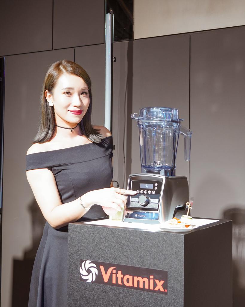Vitamix 史上第一台超跑級調理機 廚房界的超跑 一鍵按下輕鬆完成食尚美味 Vitamix 領航者調理機 A3500i %26; A2500i 正式發表上市16.jpg