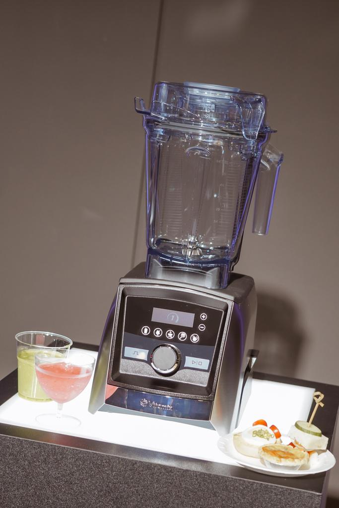 Vitamix 史上第一台超跑級調理機 廚房界的超跑 一鍵按下輕鬆完成食尚美味 Vitamix 領航者調理機 A3500i %26; A2500i 正式發表上市15.jpg