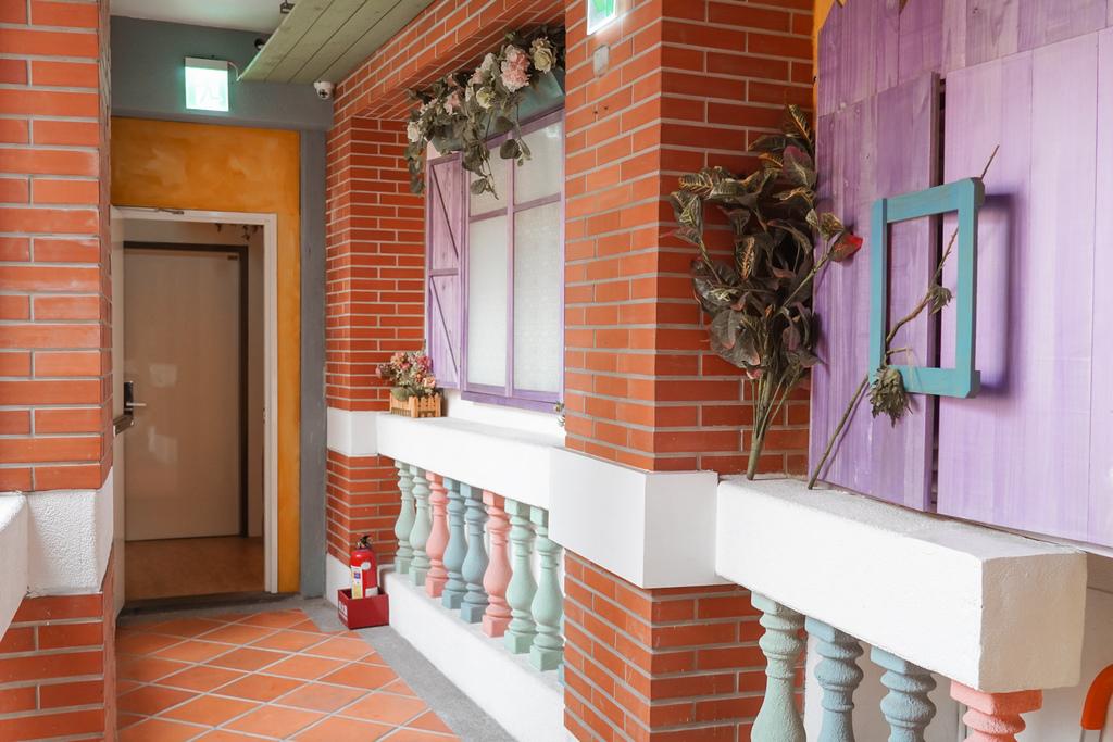 台北住宿 D.G. Hotel %26; Cafe 大稻埕迪化街上有咖啡廳的南法鄉村風旅店12.JPG