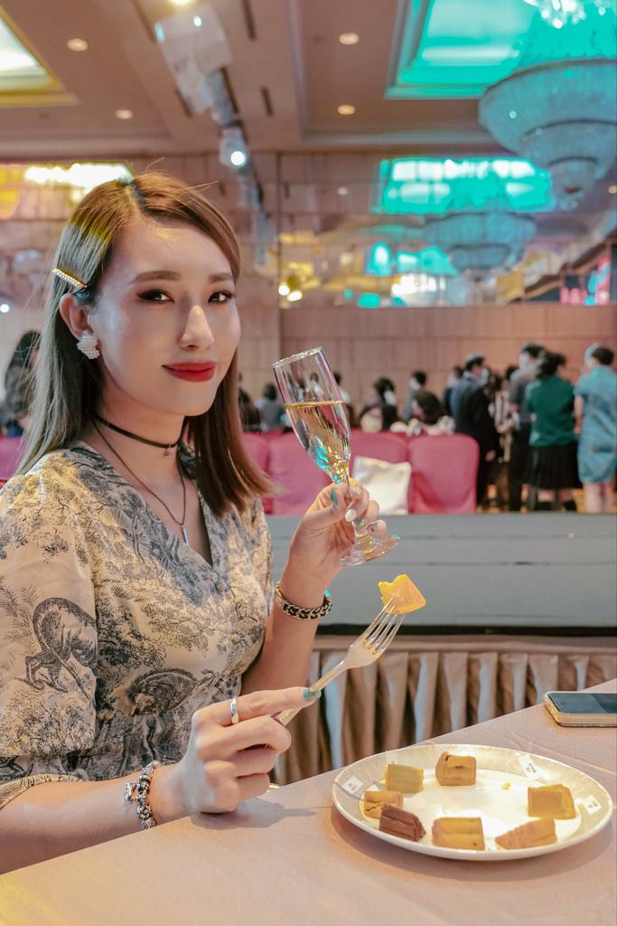 2020中秋月餅 漢來情月風雅禮盒 八款經典口味一次滿足 五星級飯店月餅首選12.jpg