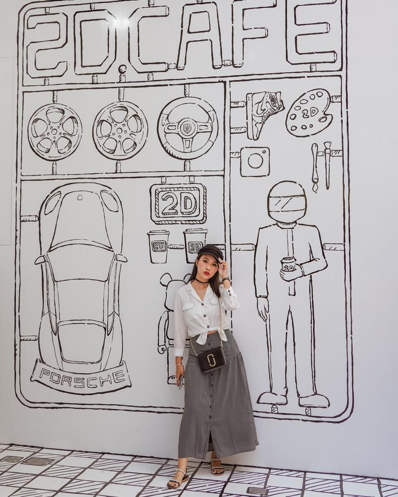 高雄2D Cafe 走進黑白漫畫裡 甜點咖啡美照拍不停 進瑞豐夜市 巨蛋站2號出口4.jpg