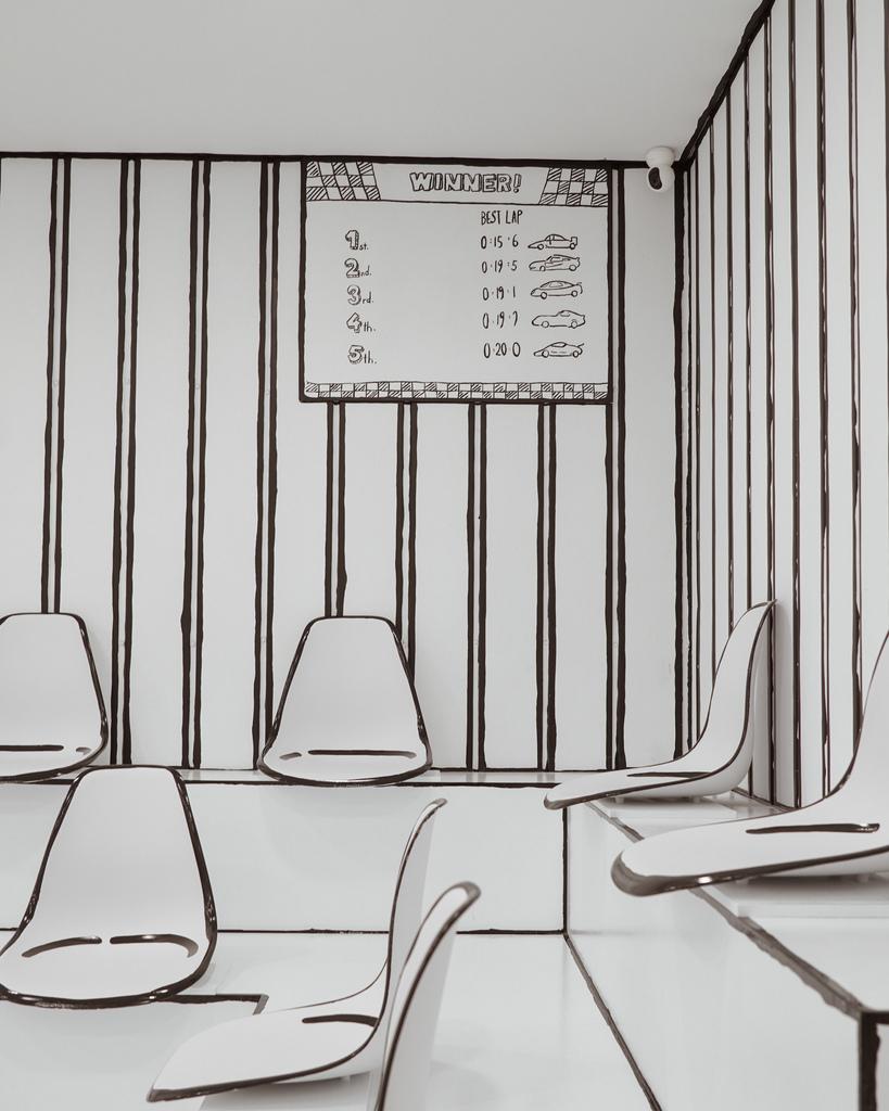高雄2D Cafe 走進黑白漫畫裡 甜點咖啡美照拍不停 進瑞豐夜市 巨蛋站2號出口9.jpg