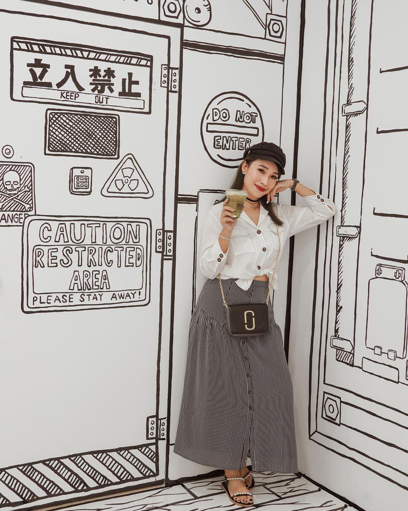 高雄2D Cafe 走進黑白漫畫裡 甜點咖啡美照拍不停 進瑞豐夜市 巨蛋站2號出口25A.jpg