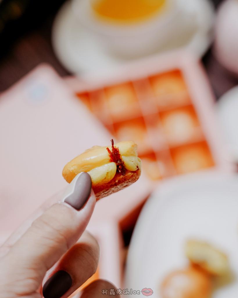 桃園甜點 杏芳食品 大溪70年老店 乳酪球必吃 新包裝12入乳酪球禮盒 送禮超體面19.jpg