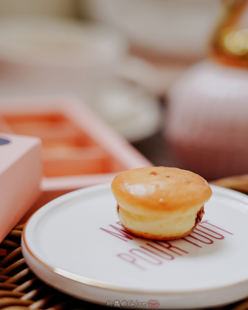 桃園甜點 杏芳食品 大溪70年老店 乳酪球必吃 新包裝12入乳酪球禮盒 送禮超體面21.jpg