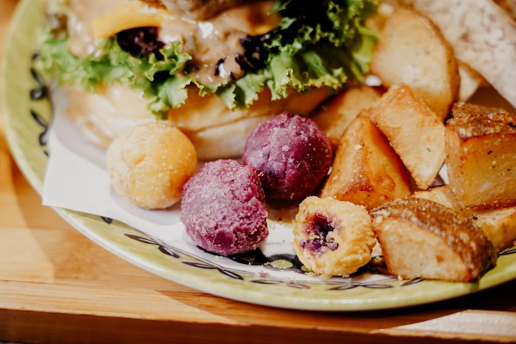 高雄早午餐推薦 多一點咖啡館-文化館 異國料理多樣化餐點 分量充足 聚餐好去處22.jpg