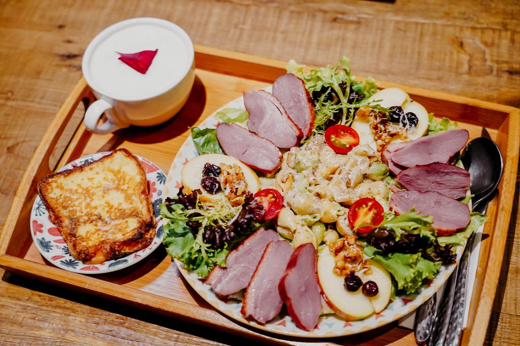 高雄早午餐推薦 多一點咖啡館-文化館 異國料理多樣化餐點 分量充足 聚餐好去處25.jpg