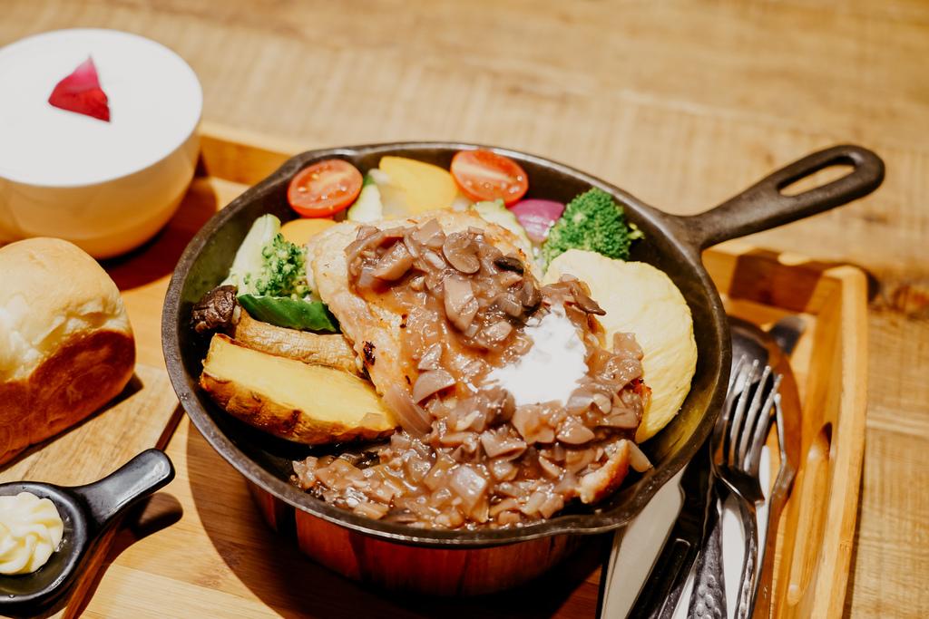 高雄早午餐推薦 多一點咖啡館-文化館 異國料理多樣化餐點 分量充足 聚餐好去處31.jpg